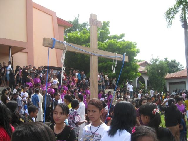 Jalan salib pada Jumat Agung di Paroki Onekore, Keuskupan Agung Ende (frans obon)